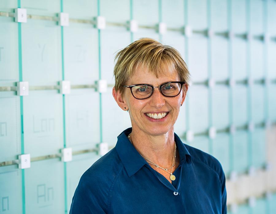 Image of Professor Laura Kiessling